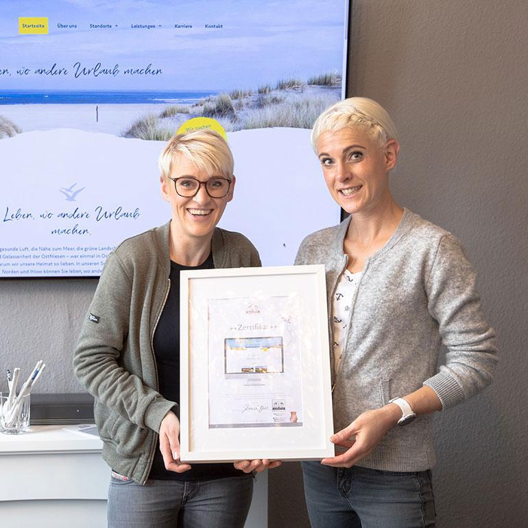 DESIGNSTUUV Referenz Seniorenwohnpark Nordlicht Zertifikatübergabe für Website
