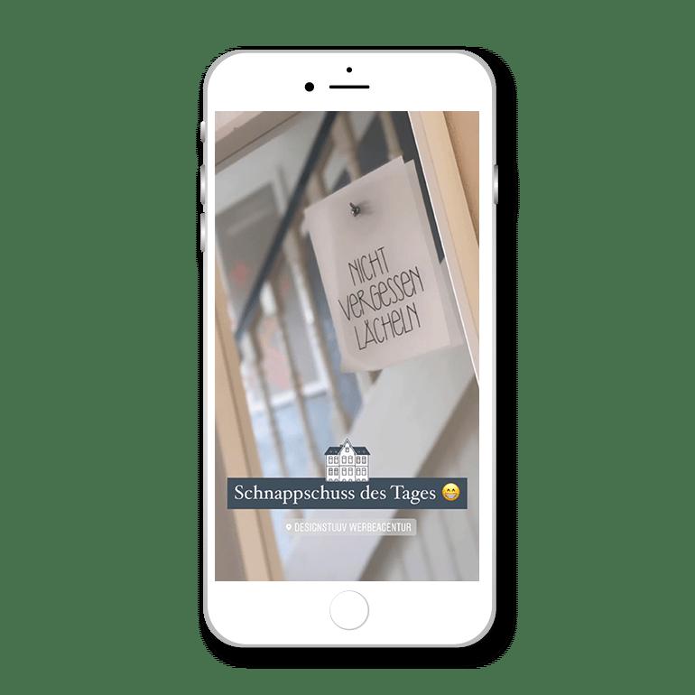 Referenz Story Sticker Designstuuv